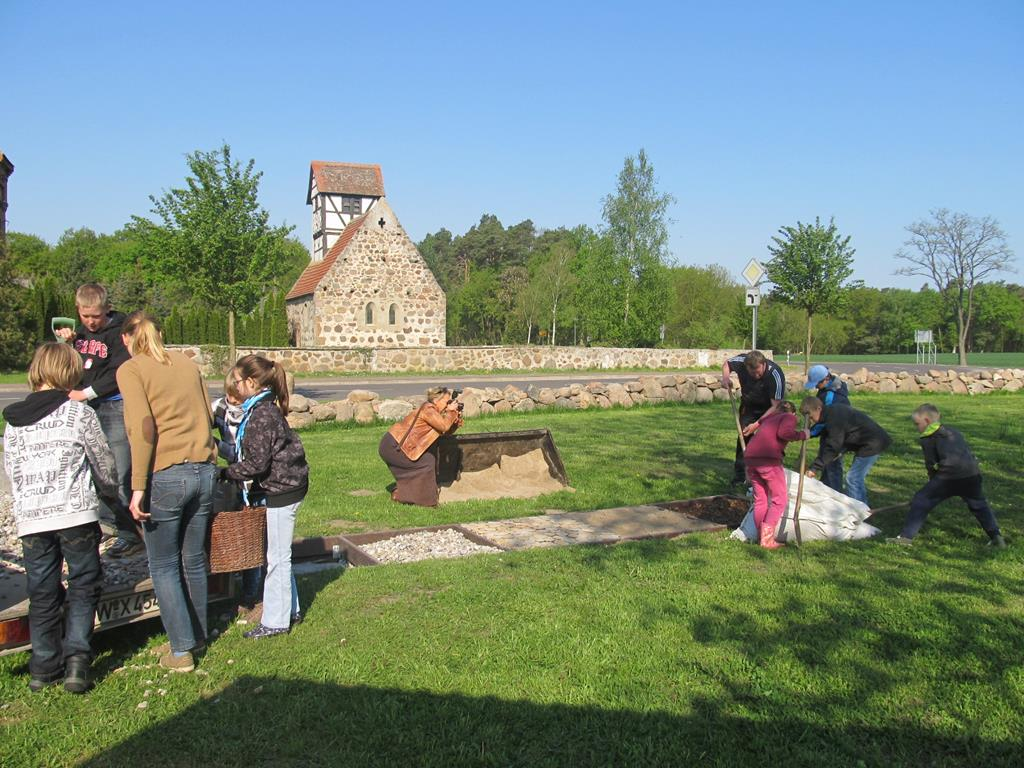 Dorfplatzgestaltung Kassuhn (9)